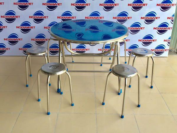Kinh nghiệm lựa chọn bàn ghế xếp inox giá rẻ chất lượng