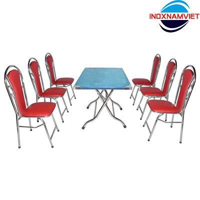 Có nên dùng ghế xếp bọc nệm cho phòng ăn gia đình?