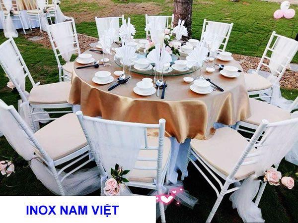 Mua bàn ghế inox đám cưới ở đâu giá rẻ?