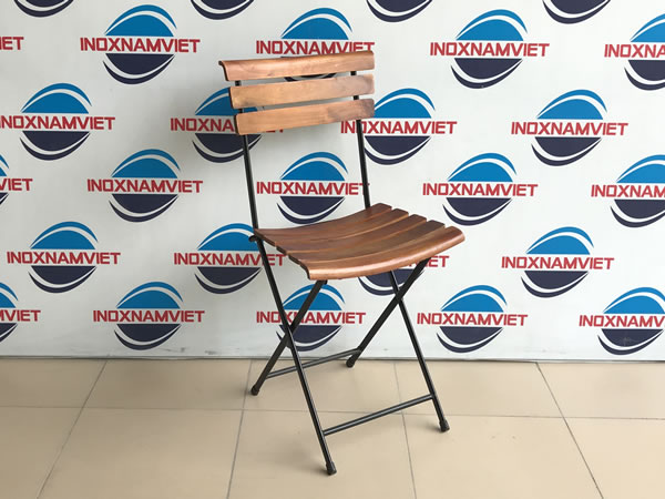 Địa chỉ cung cấp ghế gấp nan gỗ giá rẻ